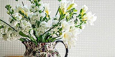 Sunyfar Silk Flowers Exhibition